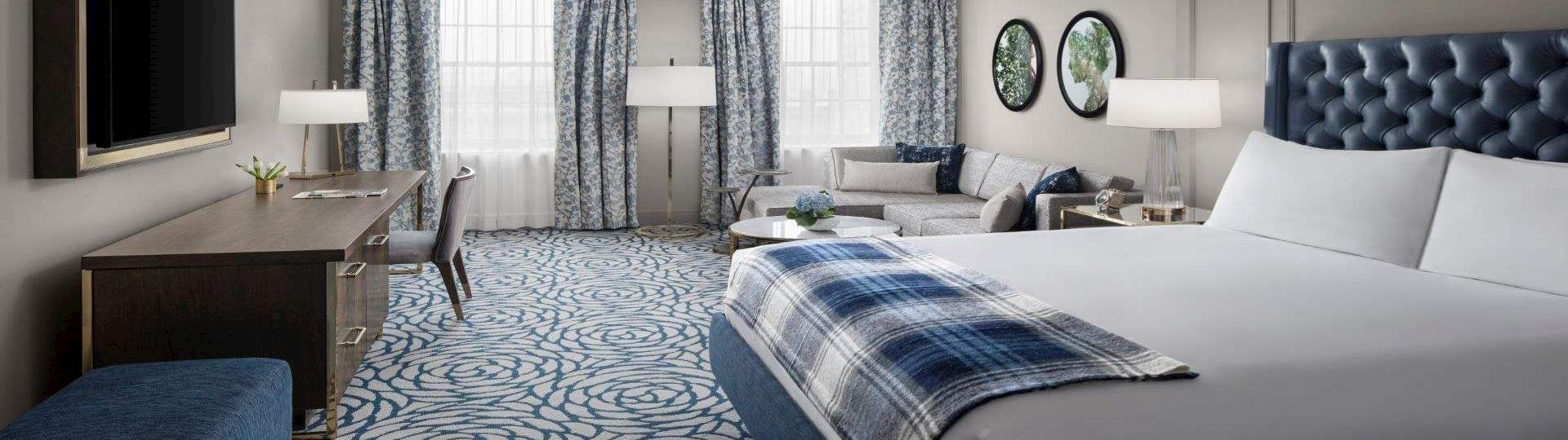 Guest Rooms in Lytle Park Historic District, Cincinnati