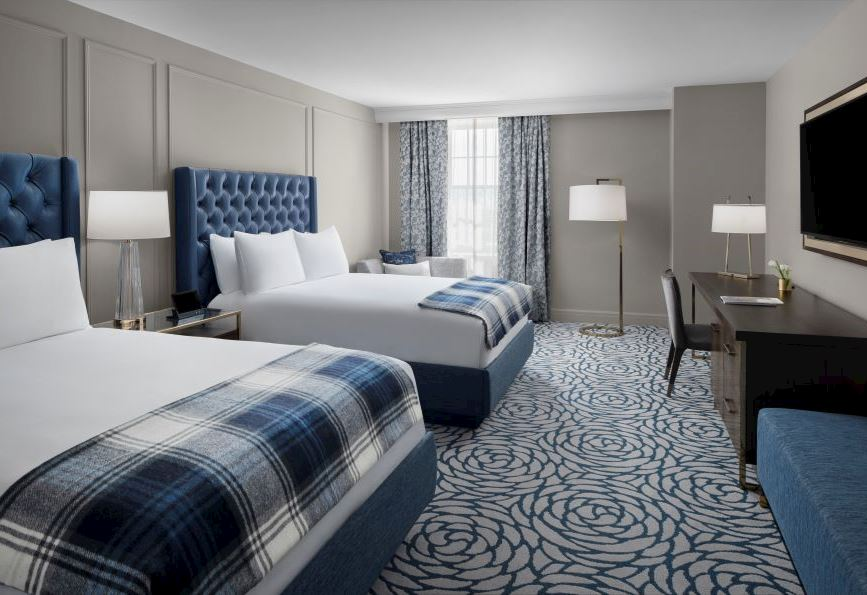 Room queen, standard, Cincinnati